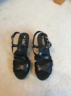 womens size 8 black wedges