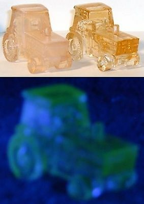 Boyd Glass Set of 2 Deere Tractor Farm Pink Vaseline Uranium FUND