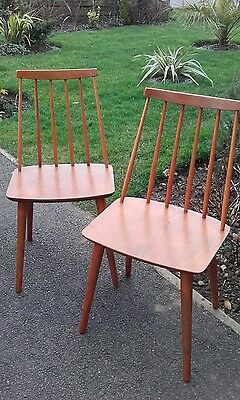 pair of ercol windsor dining chairs  very retro