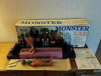 Ideal Monster Lab With 2 Monsters, Box And Instructions