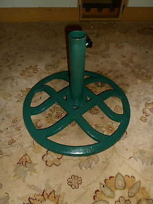 Dark Green  Wrought Iron Parasol base/stand, In Very Good Condtion