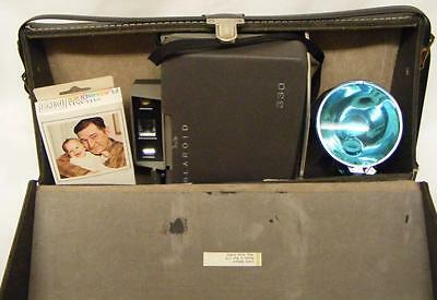 Vintage Polaroid Automatic Land Camera 330 With Case And Flash