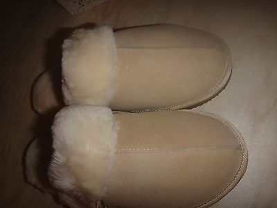 Ladies Sheepskin Slippers Beige Size 7 New In Box