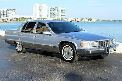 1995 Cadillac Fleetwood Brougham ONLY 64K ACTUAL FL DRIVEN MILES LT1 V8 FULLY SERVICED CLEAN CARFAX GORGEOUS!!