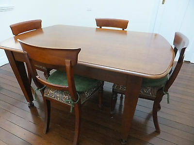 Silky Oak Dining Table & 4 Chairs