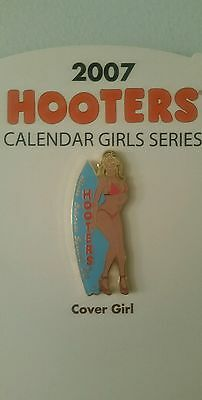 Hooters Collectible Pin