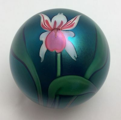 """Orient And Flume Floral Paperweight 2 3/4""""  5/150"""