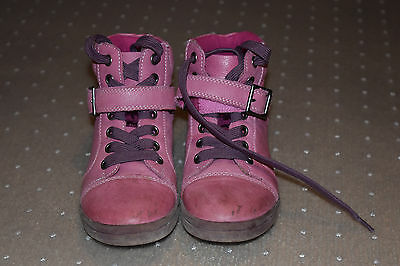 Clarks girls leather shoes - size 30D