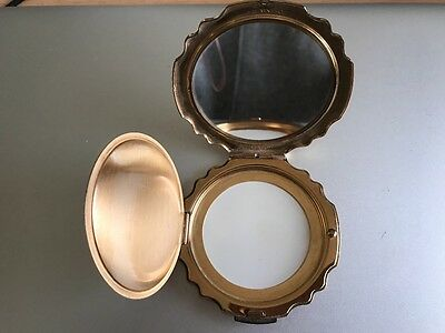 Vintage Stratton Ladies Powder Compact In Good Condition.