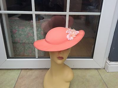 Ladies Vintage Peach Wide Brim Hat For Weddings/races/special Occ's,pristine Con
