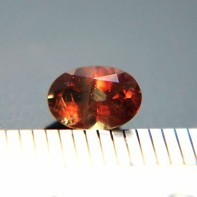 RARE! 1.00 CT CHANGE COLOR NATURAL BROWNISH-GREEN TO RED GARNET (CchG-201)