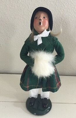 1993 BYERS' CHOICE Caroler Girl Child with Fur Muff  Plaid Skirt Signed 94/100