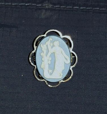 """Vintage Wedgewood Sterling Blue White Cameo Brooch  1"""" x 3/4"""""""