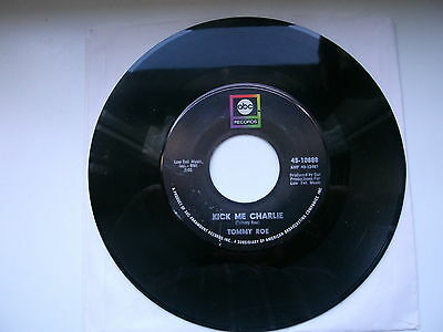 """7"""" Single -Tommy Roe - Kick Me Charlie / It's Now Winters Day"""