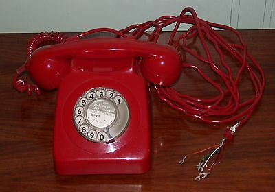 Retro Red Dial Telephone