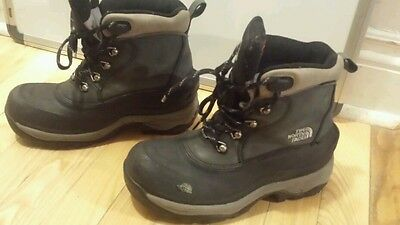 Women's  the north face winter  hiking boots black size 6 waterproof