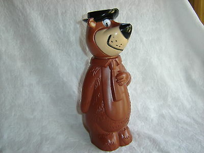 Vintage 1960's YOGI BEAR Hanna Barbera Plastic Knickerbocker Coin Bank