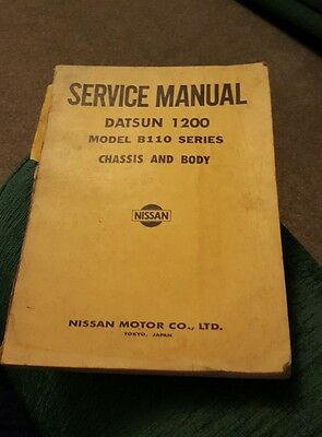 Datsun Nissan 1200 Model B110 Chassis & Body Service Manual