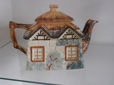 Keele Street Pottery Cottage Ware Teapot.