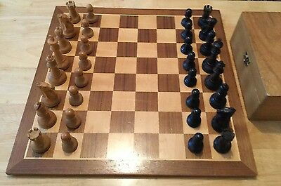 Vintage Staunton Chess Set. Weighted & Felted Pieces. 43cm Board.