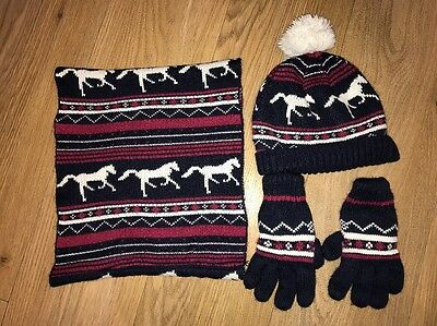 Debenhams Bobble Hat Scarf And Gloves Set Age 11-13 Winter Horse Design