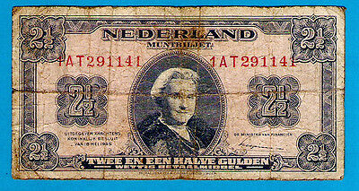 Netherlands P71 21/2 Gulden STATE NOTES Queen Juliana 18.05.1945 VF