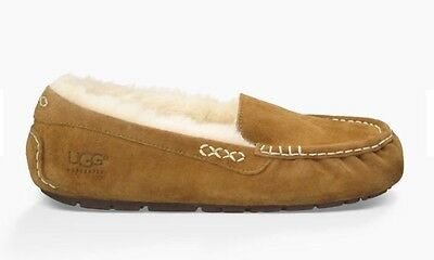Uggs Ansley Women's Slippers Shoe. Size 9.