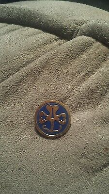 1960s Vintage Girl Scouts WORLD ASSOCIATION PIN 1960-1967