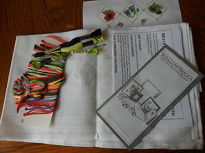 Tablecloth Kit to Embroider~Complete with Yarns~Fruits and Floral