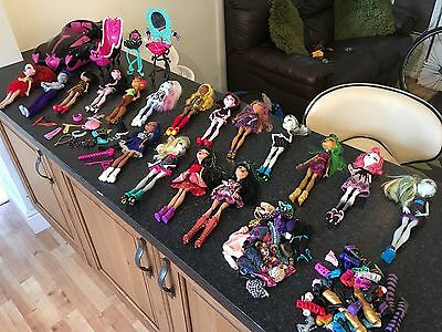 Huge Bundle Of Bratz Dolls With Cloths Boots  Accessories And Car