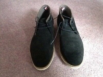 Mens Ted Baker  black suede boots size 9 (43)