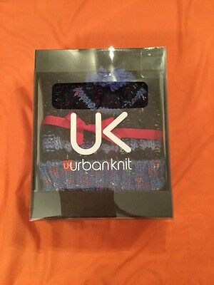 BNIB Urbanknit Hat and Scarf Set