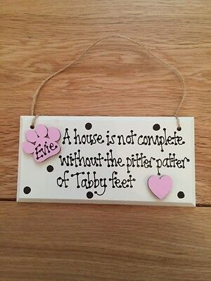 Personalised cat wooden plaque shabby chic lives here gift keepsake animal pet