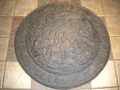 "Antique 22"" Cast Iron GREEK ROMAN Shield Plaque Wall Hanging Plate Musterschutz"