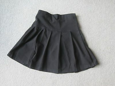 Girl's school skirt from John Lewis to fit age 5 years.