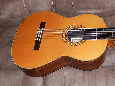 Hand Made In 1977 Ryoji Matsuoka M20 Excellent Ramirez Style Classical Guitar