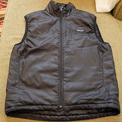Patagonia Men's Black Synthetic down Vest Size small