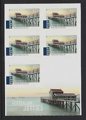 Australia 2017 : Australian Jetties, Sheetlet of 5 x $2.10 International Stamps