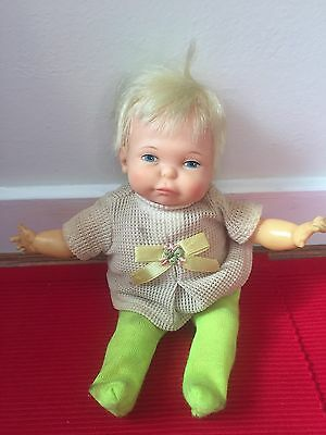 1967 Ideal Thumbelina Newborn Doll  Pullstring Works wiggling baby doll