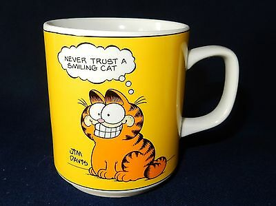 Garfield the Cat Mug Enesco 1978 Mug 3 1/4""