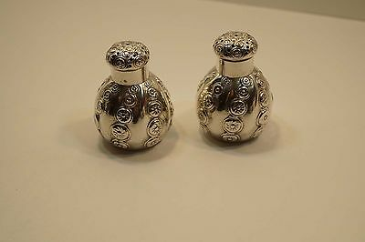 Stunning Theodore B. Starr Sterling Silver Repousse Salt & Pepper Shakers  A651