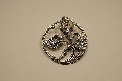 Vintage Sterling Silver Lily Flower Design Brooch Pin  A656