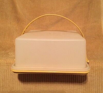 Vintage Tupperware Square Cake Taker Harvest Gold #1241 w/Sheer Lid & Handle