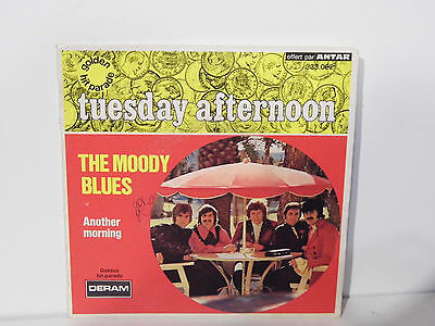 "Vinyl 7"" Single, The moody blues, Tuesday afternoon, Deram 333.002, 1967 F"