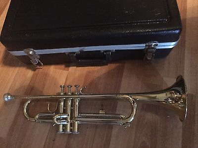 Blessing B-127 Trumpet With Case And Accessories