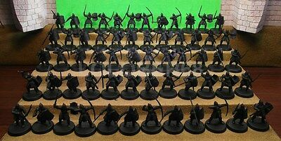 60 MINAS TIRITH WARRIORS - Lord Of The Rings Plastic Figure(s)