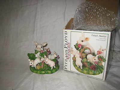 FITZ & FLOYD French Market Pigs MUSICAL Figurine Farmer in the Dell Box As is