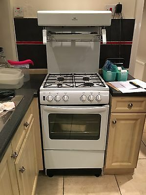 NEW WORLD 55cm eye level Gas Cooker in White  NW55THLG