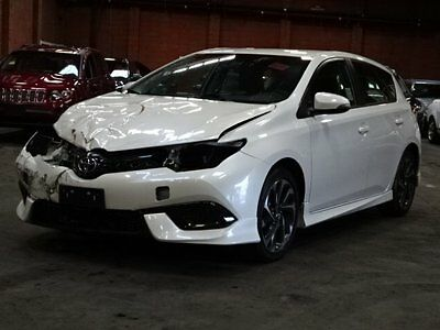 2017 Toyota Corolla iM  2017 Toyota Corolla iM Damaged Salvage Only 3K Miles Perfect Color Economical!