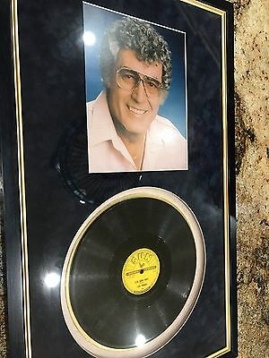 CARL PERKINS AUTOGRAPHED SIGNED PHOTO (8X10) Sun Record